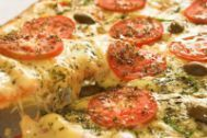 AROMATES PIZZA KG   A002080